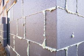 budynek ocieplony styropianem grafitowym